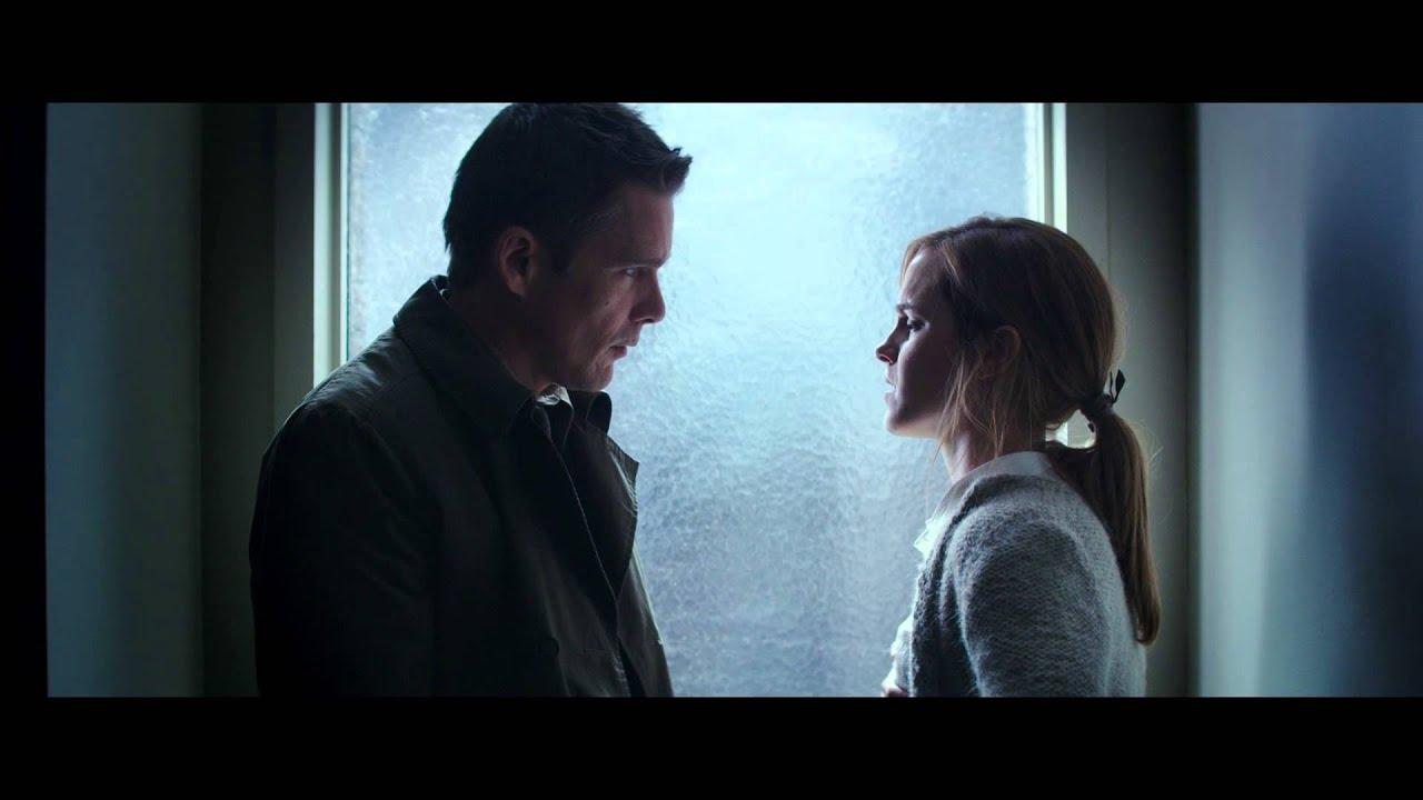 E. Hawke y Emma Watson en una escena de Regresión