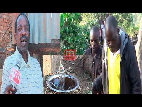 Download MAAJABU!! MGANGA KUTOKA KENYA ANAYETENGENEZA DAWA ZA KUSHIKA WEZI APONGEZWA