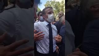 """Libanais à Macron : """"Aidez-nous ! Vous êtes notre seul espoir !"""""""