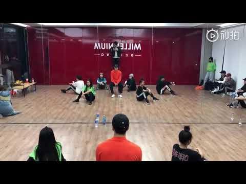 Jackson Wang (GOT7) -Journey 328 Dance Practice