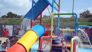 Ейск 2013. Аквапарк Немо(http://kruiz2011.ru Это видео снято в августе 2013 года в Ейске. В Аквапарке Немо можно отлично отдохнуть с детьми,..., 2013-09-13T19:31:00.000Z)