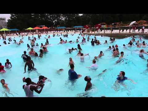 Calypso Bay Wave Pool at Six Flags Over Georgia Hurricane Harbor