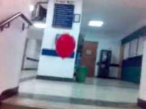 Niño fantasma pasea un GLOBO en un hospital de ARGENTINA 16-11-2016