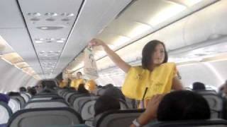 Cebu Pacific FAs dancing thumbnail