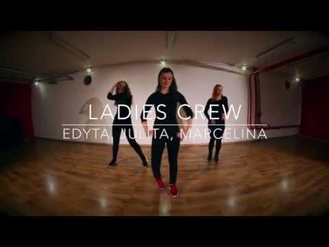 Chanelle Ray - Lipstic - Ladies Crew -...