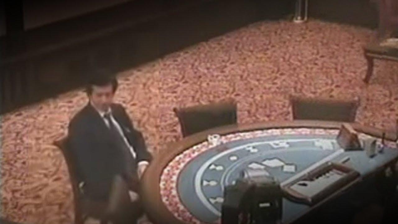 Случай в казино прикол казино рояль 1967 года