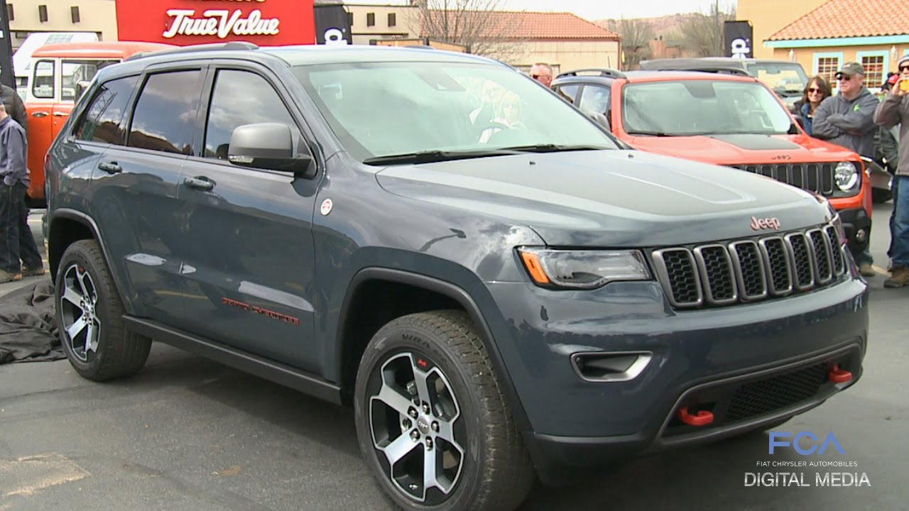 moab easter jeep safari 2016 jeep grand cherokee trailhawk reveal youtube. Black Bedroom Furniture Sets. Home Design Ideas