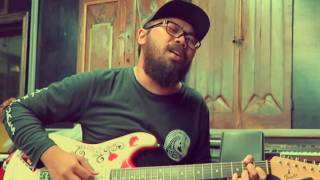 VEGA ANTARES - Haunt You Everyday (Weezer Cover)