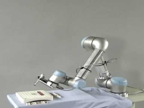 UNIVERSAL ROBOTS Knickarmroboter 2/2