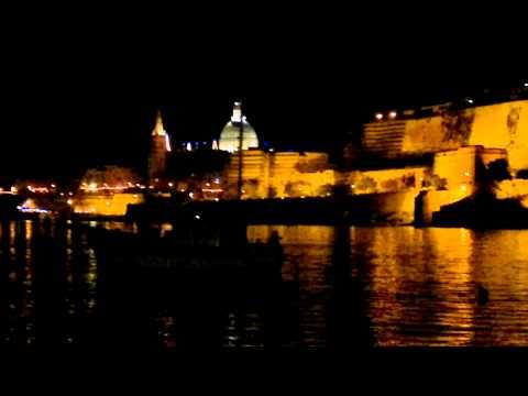 Valletta este .