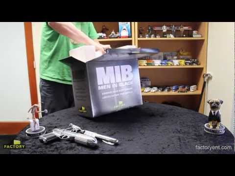 Factory Entertainment - Men In Black Standard Issue Agent Sidearm J2 Prop Replica Unboxing