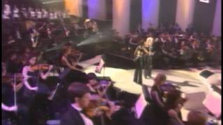 Bonnie Tyler & Kareen Antonn   Si Demain Live Symphonic Show