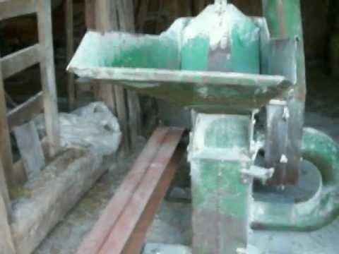 John Deere Hammer Mill Feed Grinder Part 1
