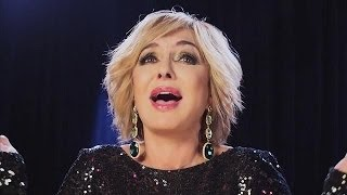 Googoosh sings out in support of Iran