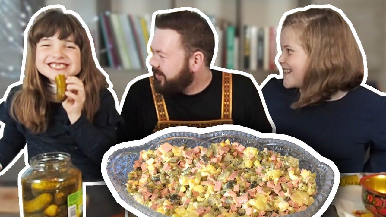 "RECETTES RUSSES - Salade ""Olivier"" - Рецепт Оливье"
