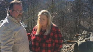 Gatlinburg Residents Return to Burned Homes