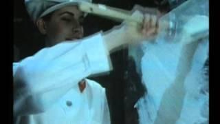 LIO - MONA LISA (clip officiel)