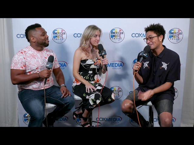 Miguel and Holly talk with Bryce Vine at the AMAs
