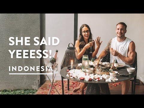 WE GOT ENGAGED IN BALI | Ubud Bali | Indonesia Travel Vlog 133, 2018