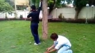 Funny videos 2017 : Stupid people doing stupid things