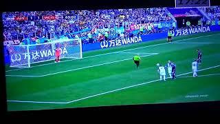 Аргентина-Исландия  . Месси мажет 63' пенальти
