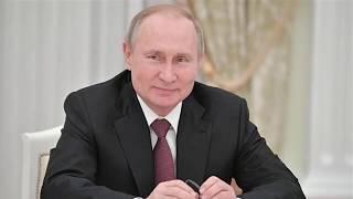 Путин поручил усилить ответственность за оскорбление