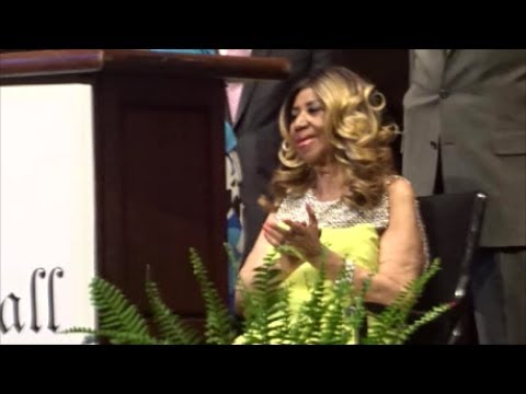 Brotha Morris with Queen Aretha being honored at the Music Hall