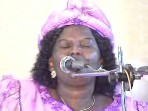 Mme Pasteur ABITOR - Xoe le asi nye.http://www.muzikplus.tg