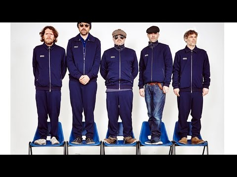 Super Furry Animals - Juxtaposed With You