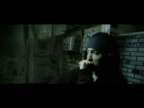 Eminem - Lose Yourself Official Video (8 Miles)