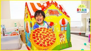 Ryan Drive Thru Pretend Play with Pizza Cooking Restaurant Playhouse!!!