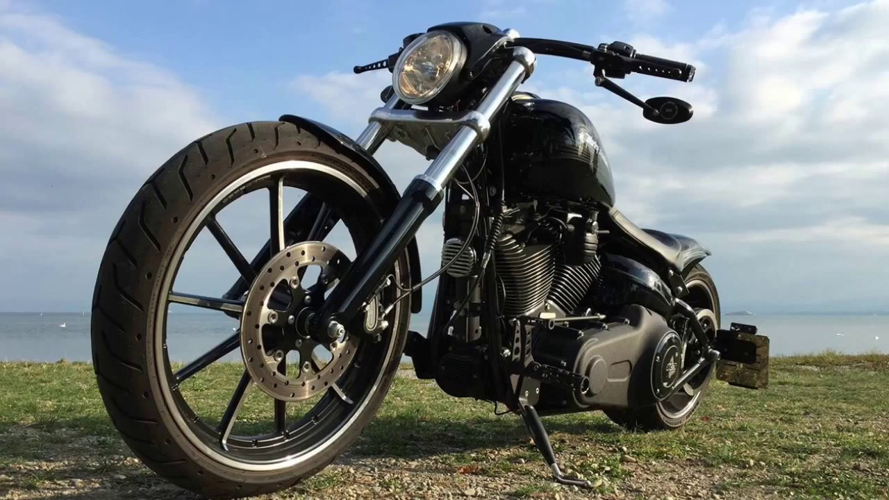 2015 Harley Davidson Custom Breakout With Vance And Hi: Harley Davidson Breakout Custom Vance & Hines Sound