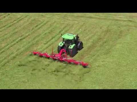 KUHN GF 8712 / 10812 T & P - Mounted & Trailed gyrotedders (in action)