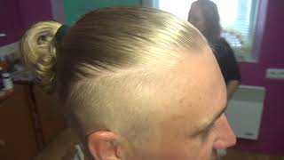 Мужская стрижка горячими ножницами на длинные кудрявые волосы спортивный вариант.