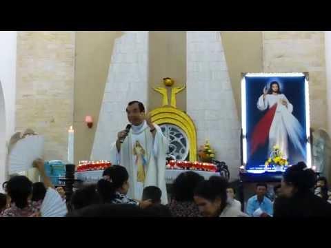 Thánh Lễ Kính Lòng Thương Xót Chúa của Cha Long trưa 4.8.2011- NT Chí Hòa ( P1 )