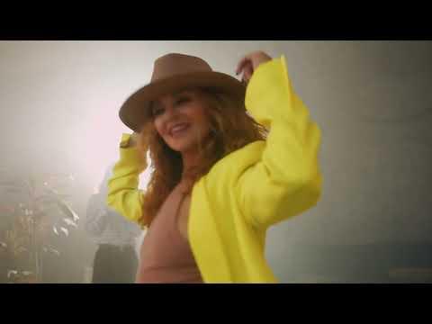 Смотреть клип Даяна Брют - В Клубе Одна