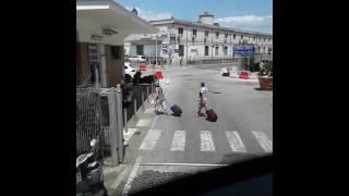Bus Roma - Bari si incastra a Napoli