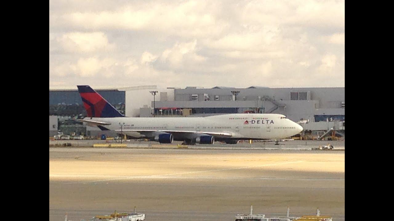 Photos: Atlanta airport immigration protests - ajc.com