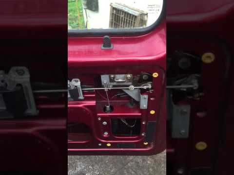 Discovery 1 Land Rover tailgate lock