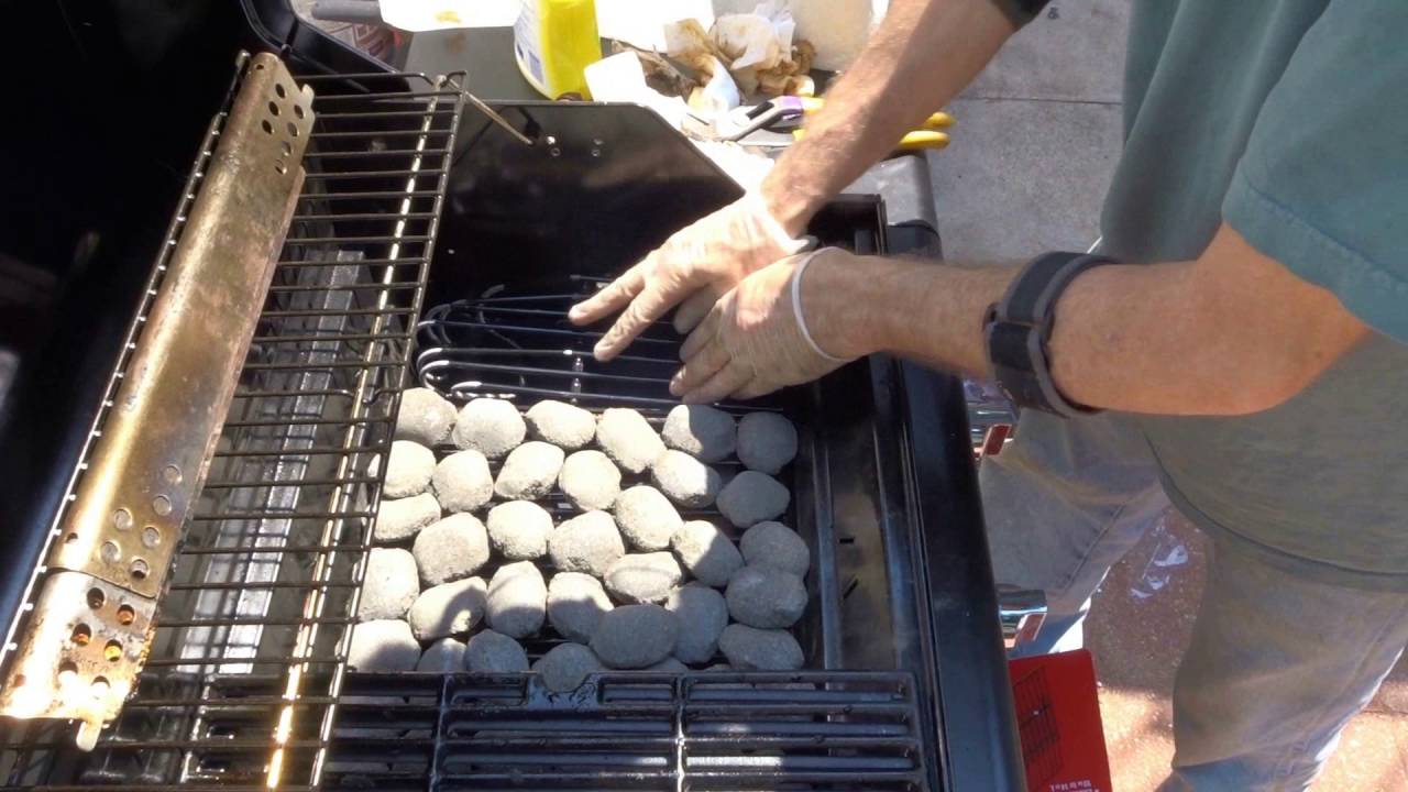 Char broil lava rock conversion mod bbq style youtube char broil lava rock conversion mod bbq style dailygadgetfo Image collections