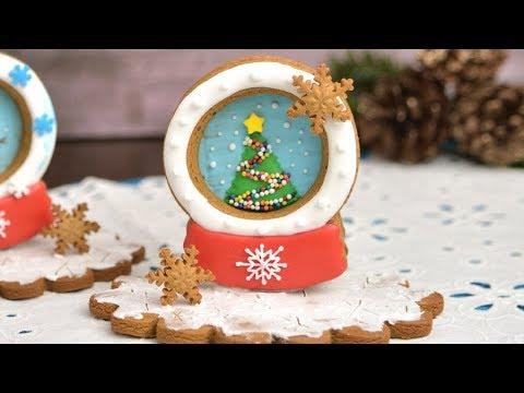 snow-globe-gingerbread-cookies-by-haniela's
