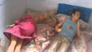 BARBIE  :   Embarazada