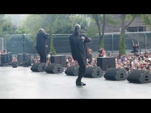 Tech N9ne & Krizz Kaliko - Straight Out the Gate (Live @ Heavy Montreal)