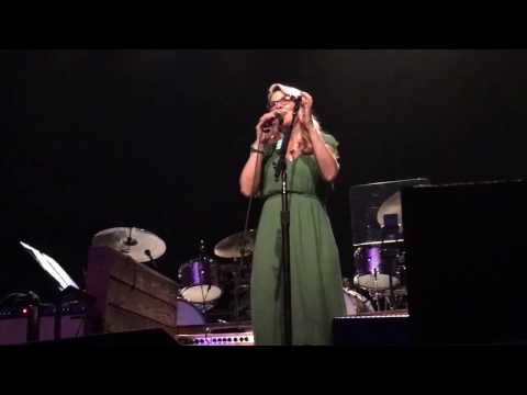 Susan Tedeschi- A Song For You- Tennessee Theatre, Knoxville, TN 01-26-17