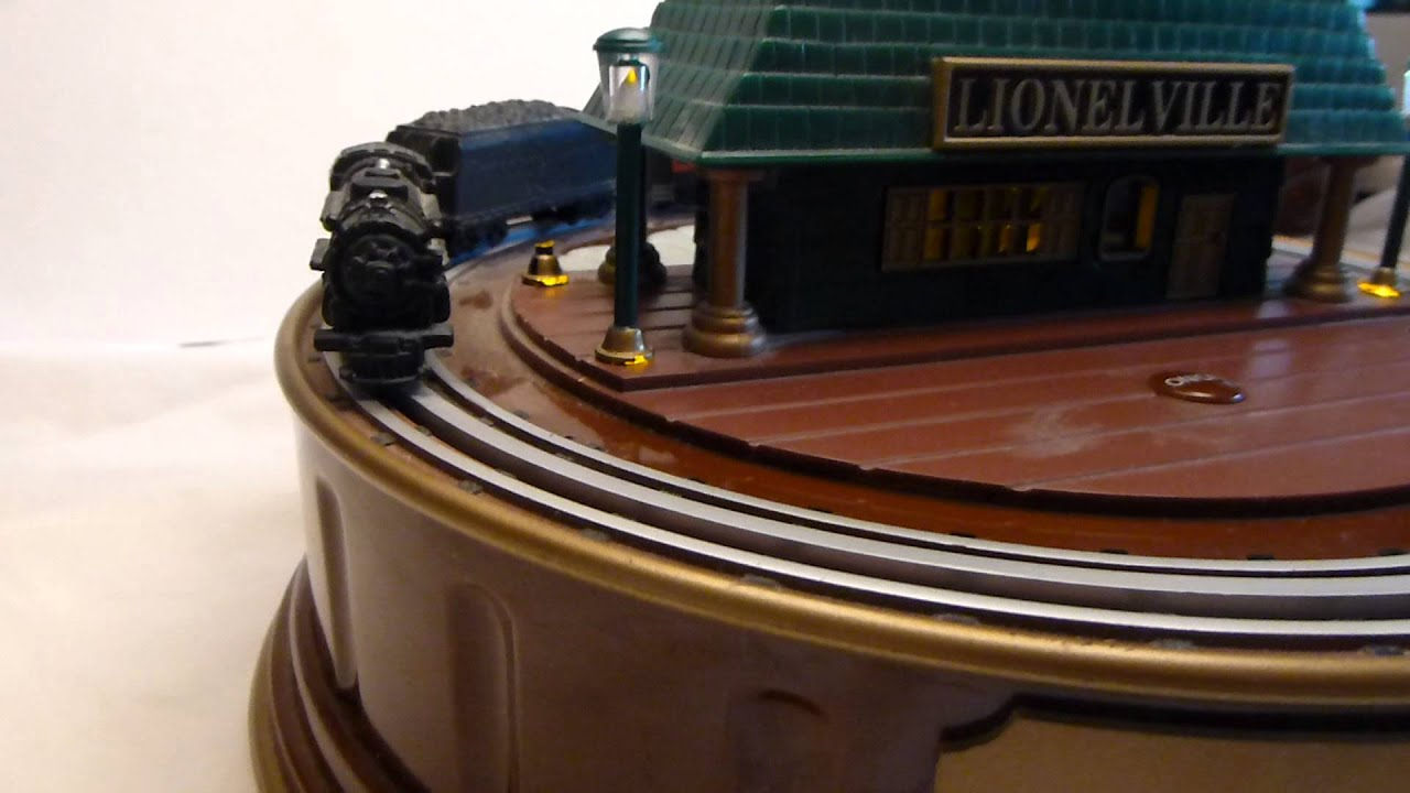 Lionel Train Station Lamp With Moving Train And Sound
