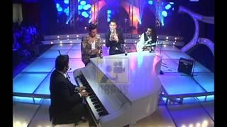 MUERO DE FRIO -  RAFAGA 2013 EN EL PIANO DE UNO PARA TODOS