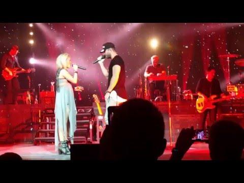 Carrie Underwood & Sam Hunt - Heartbeat (Glasgow C2C 2016)