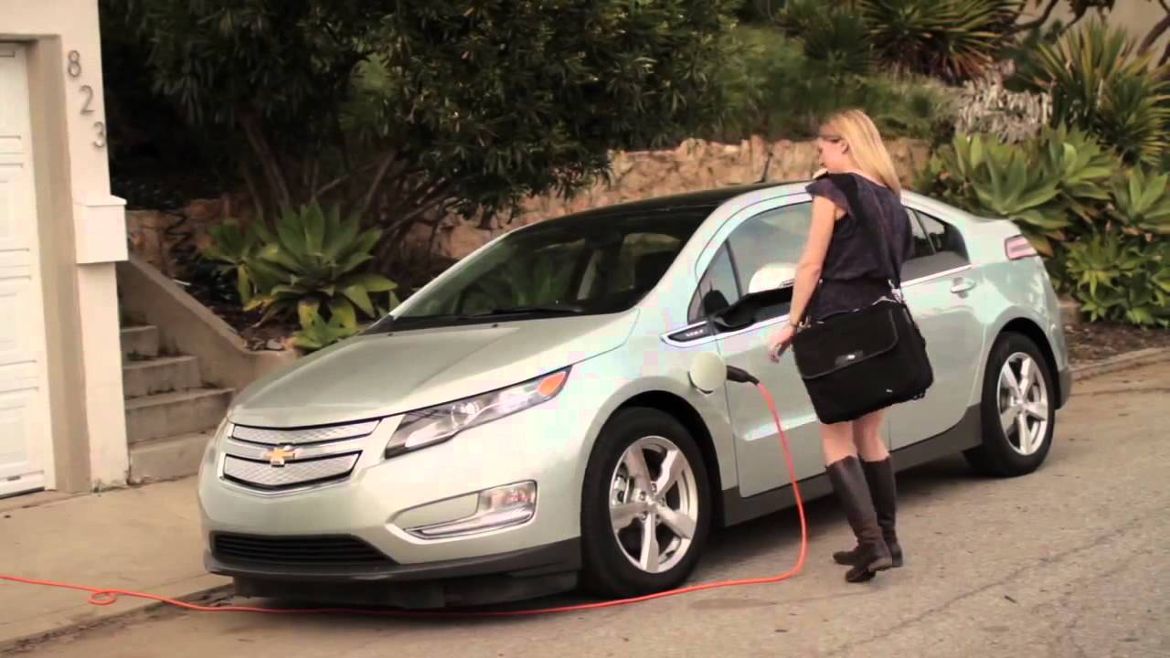 Will Gm Replace The Chevy Volt With A Plug In Crossover