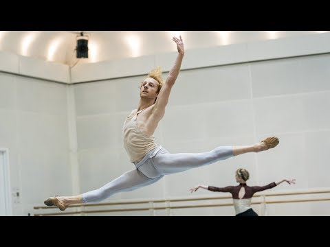 A first glimpse of The Royal Ballet's Illustrated 'Farewell' with Twyla Tharp