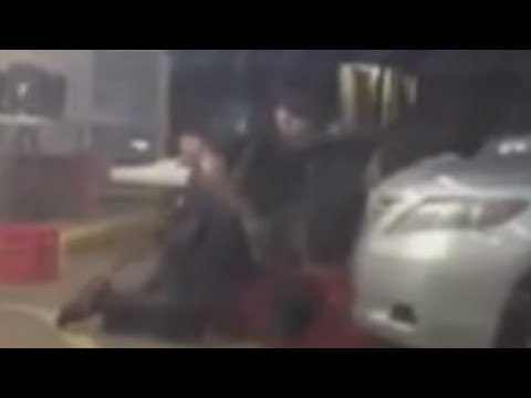 Alton Sterling Deadly Cop Shooting [CAUGHT ON TAPE]